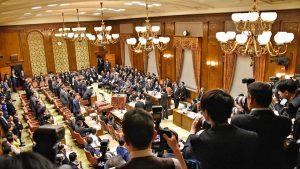 2019年度予算案について、予算委員会と本会議で反対討論