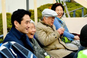 高齢者予算要求年末座り込み行動