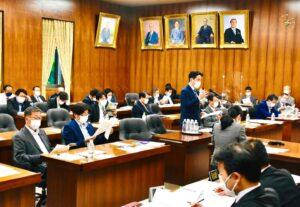 福井県の老朽原発の再稼働問題について質問